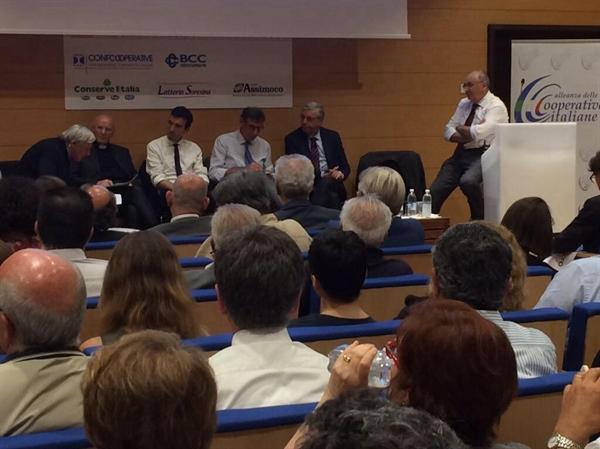 La cooperazione italiana lancia a Expo l'allarme legalità